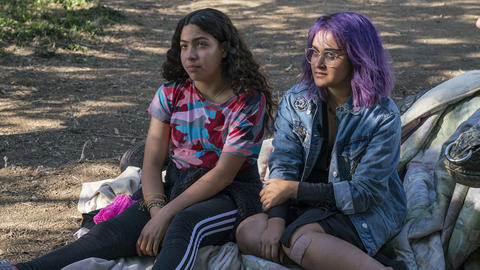 Image for 'Marvel's Runaways' Stars Ariela Barer and Allegra Acosta Discuss Season 1's Finale