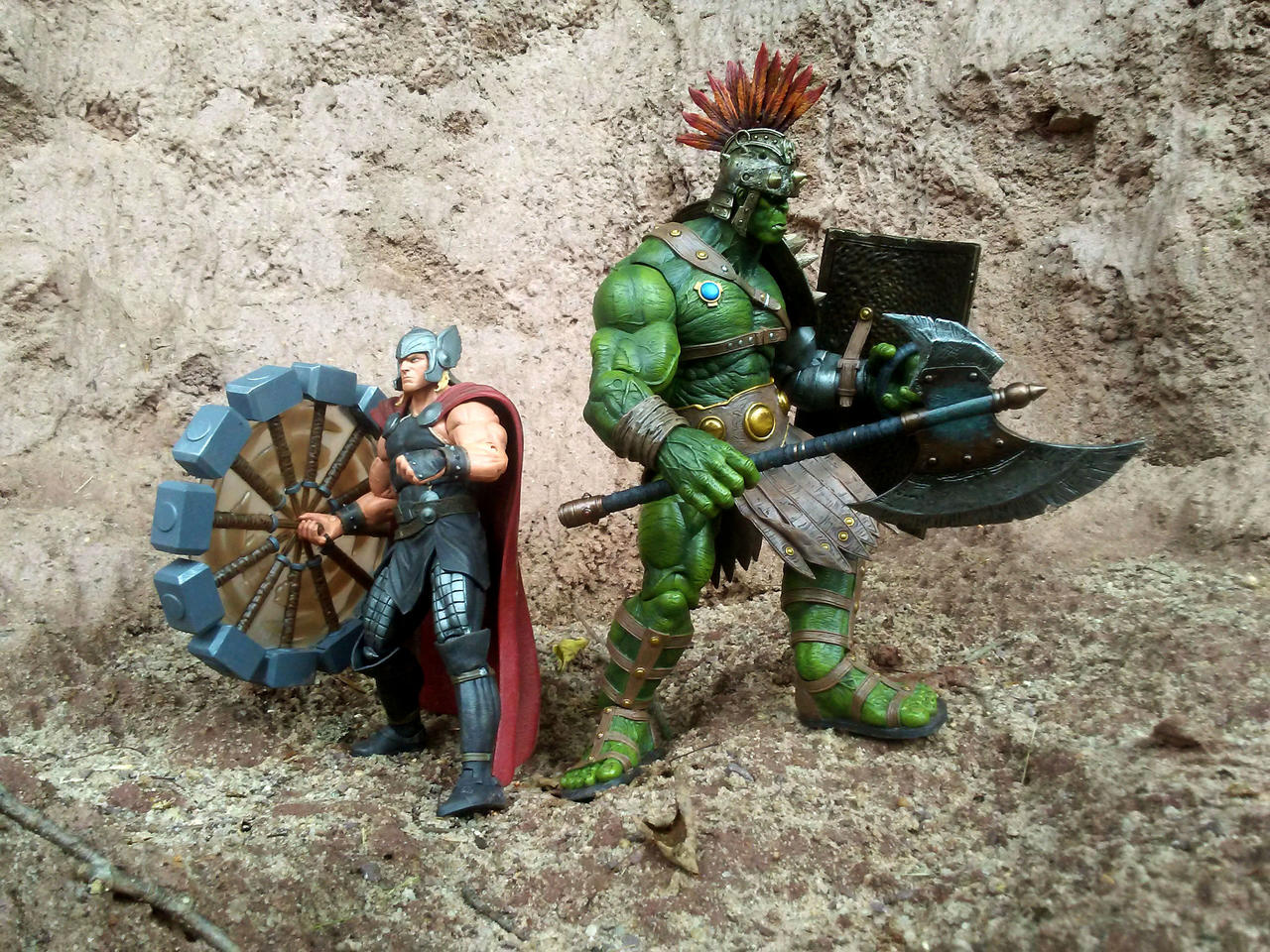 Image for Preview New Thor And Hulk Figures from Diamond Select Toys