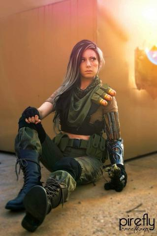 Alyson Ridge AKA AlyCat Cosplay as Cable