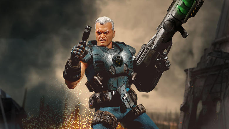 Cable Mezco One:12 Collective Figure