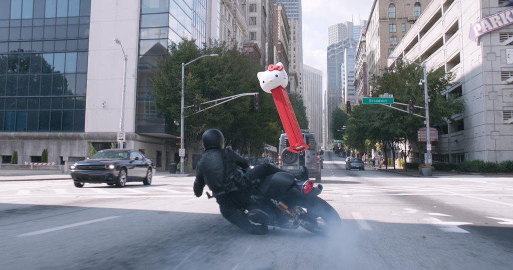 Car chase scene from Ant-Man and the Wasp