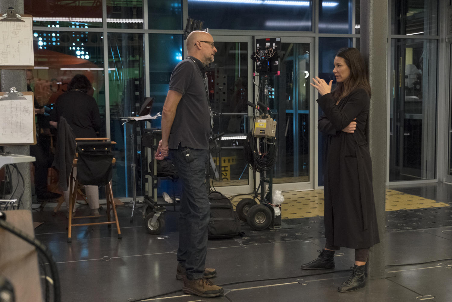Evangeline Lilly and Peyton Reed on the set of Ant-Man and the Wasp