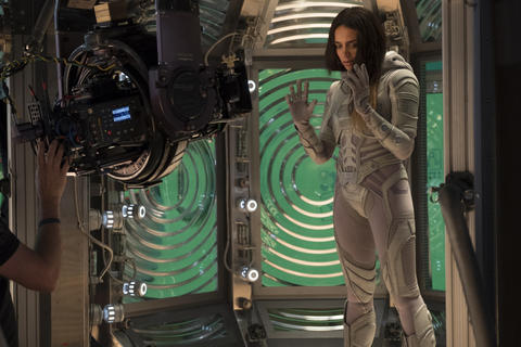 Hannah John-Kamen (Ghost) on set BTS