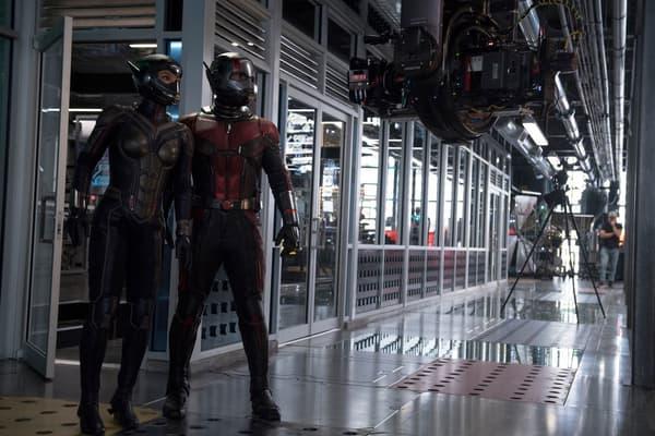 The Wasp/Hope van Dyne (Evangeline Lilly) and Ant-Man/Scott Lang (Paul Rudd) BTS on set.