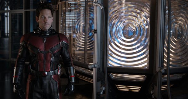 Paul Rudd on set as Scott Lang/Ant-Man