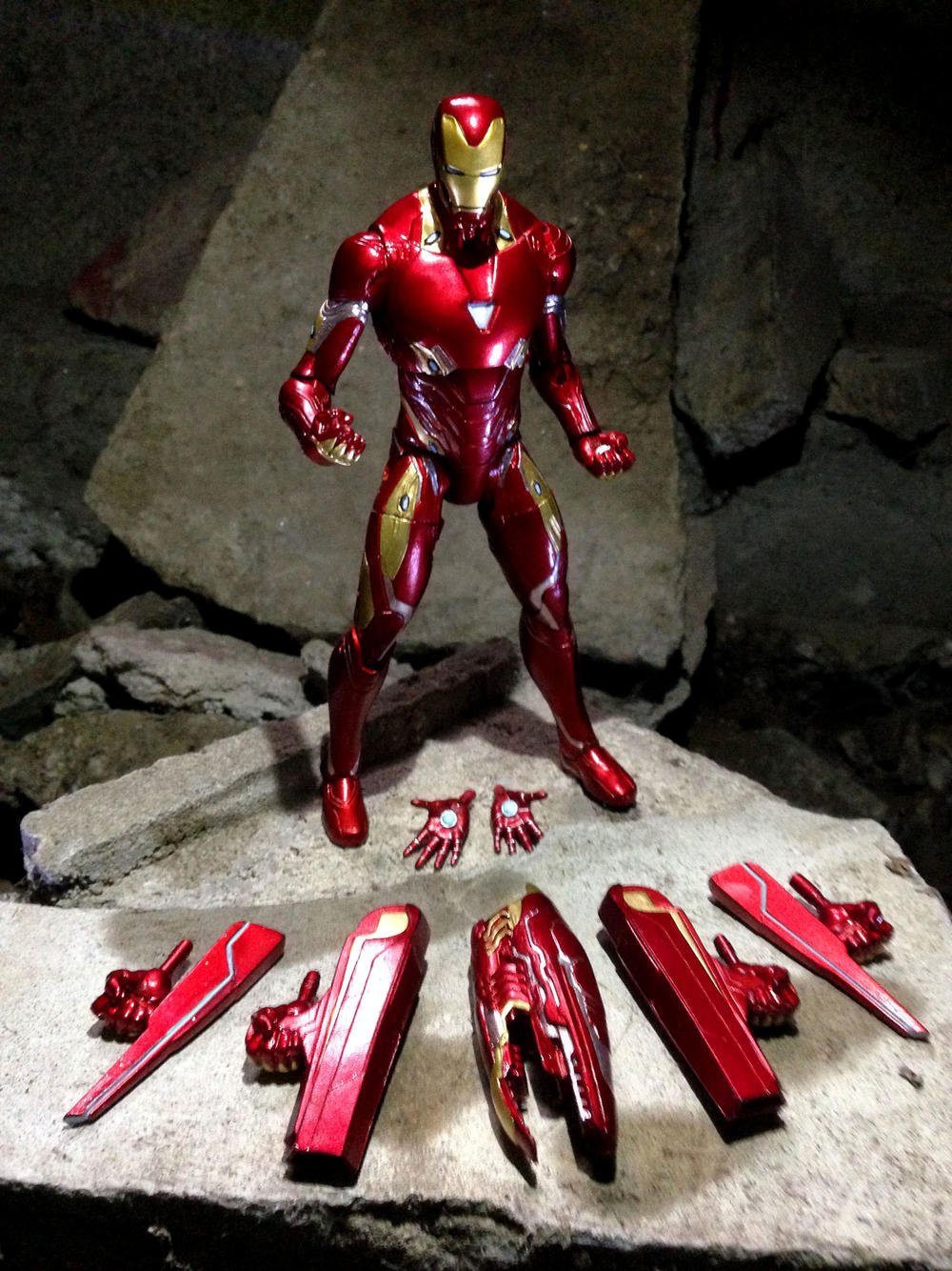 Marvel Select Avengers Infinity War Iron Man Mk 50 Mark 50