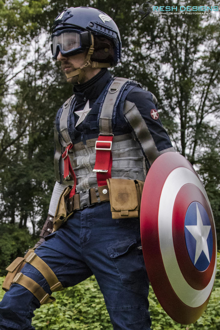 Matthew Resh AKA FResh Tactics Cosplay as Captain America