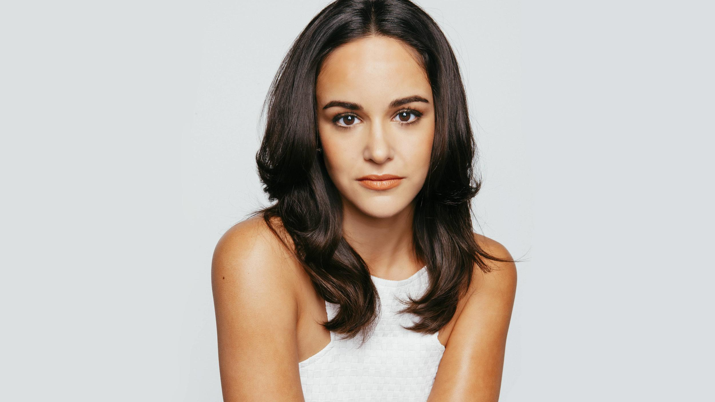 "Melissa Fumero (""Brooklyn Nine-Nine"") as Melissa"