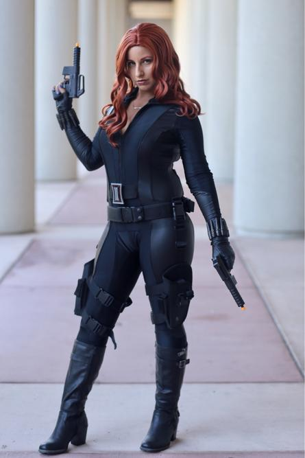 Rachel Ibarra AKA Grumpy Dragon Cosplay as Black Widow