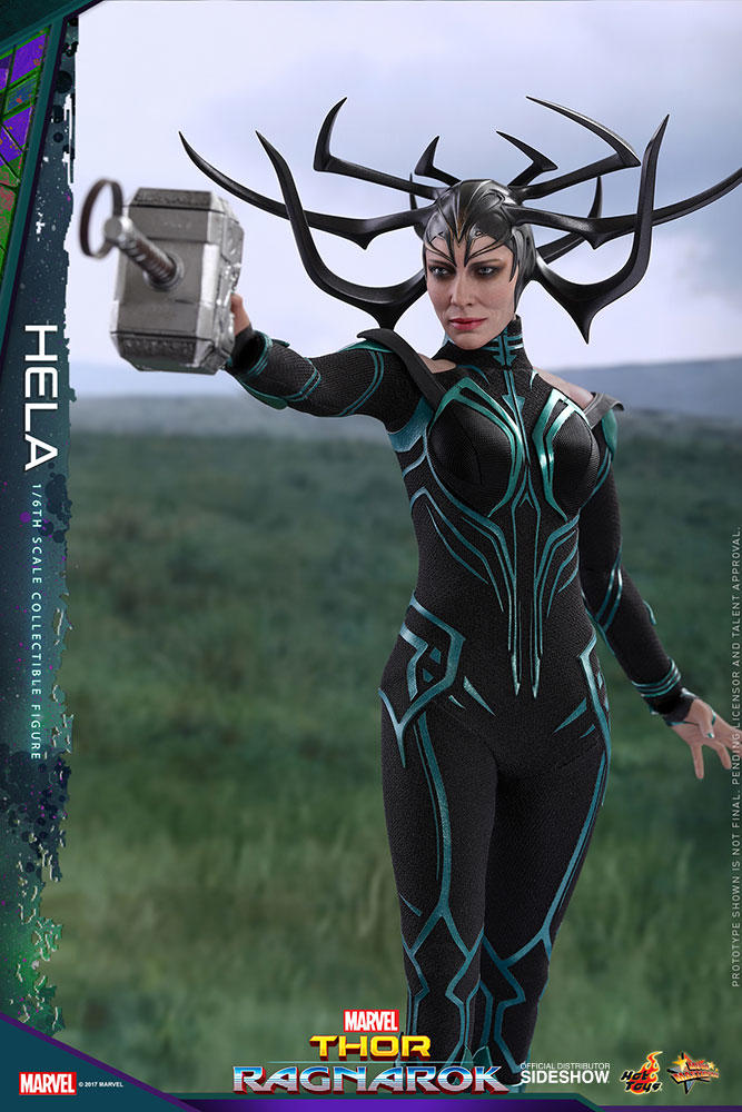 Hela Hot Toys Figure
