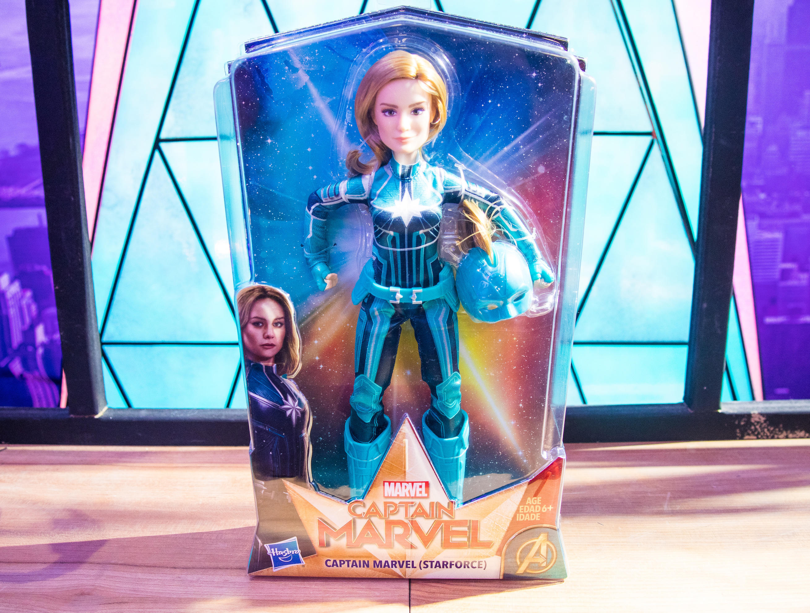 CAPTAIN MARVEL STARFORCE SUPER HERO DOLL