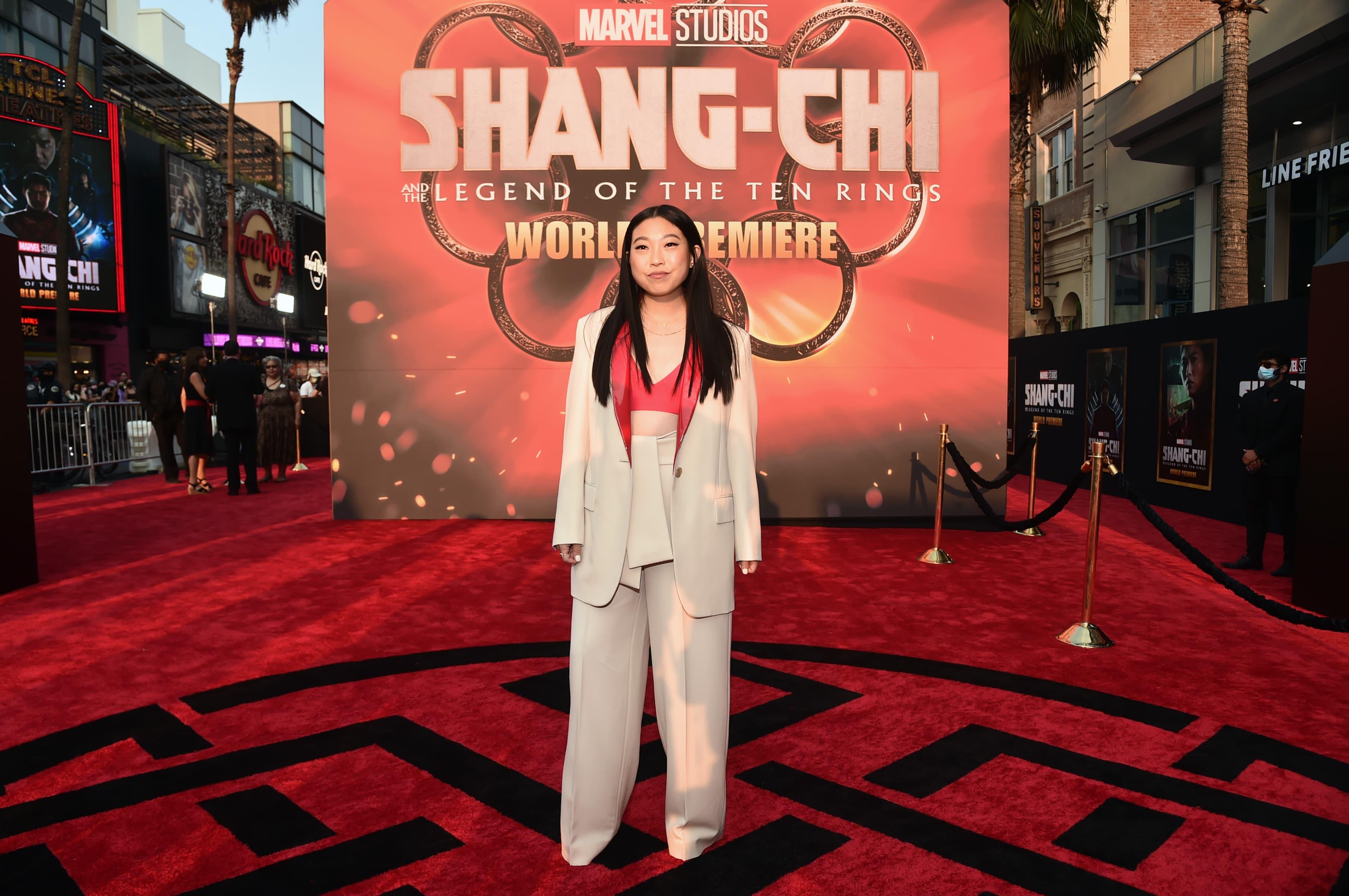 """Awkwafina enfrenta críticas e possíveis boicotes por """"Shang-chi"""""""